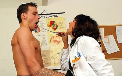 Sexy CFNM Doctor